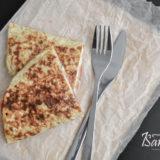 Овсяный блин с сыром и колбасой