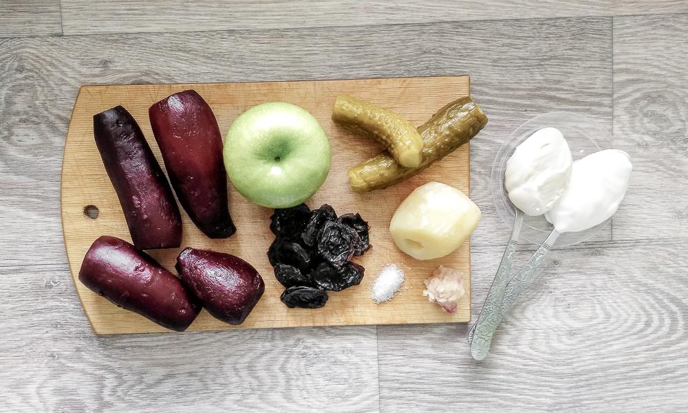 Ингредиенты для салата свёкла с яблоком
