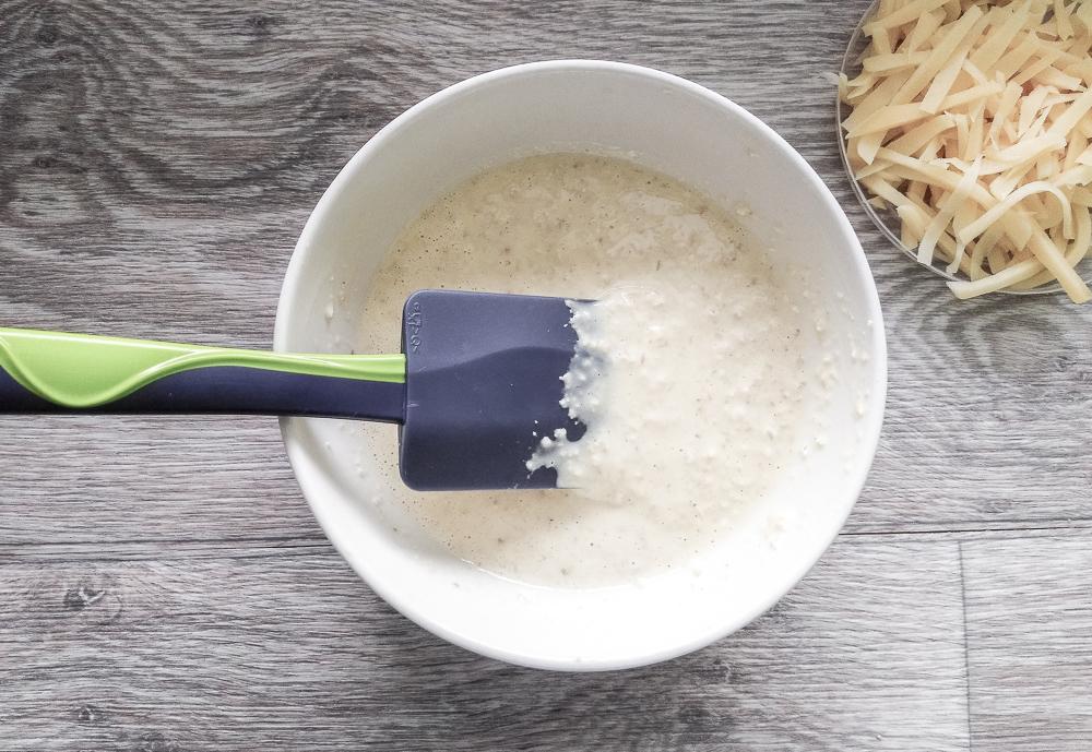 Готовое тесто для овсяного блина с сырной корочкой