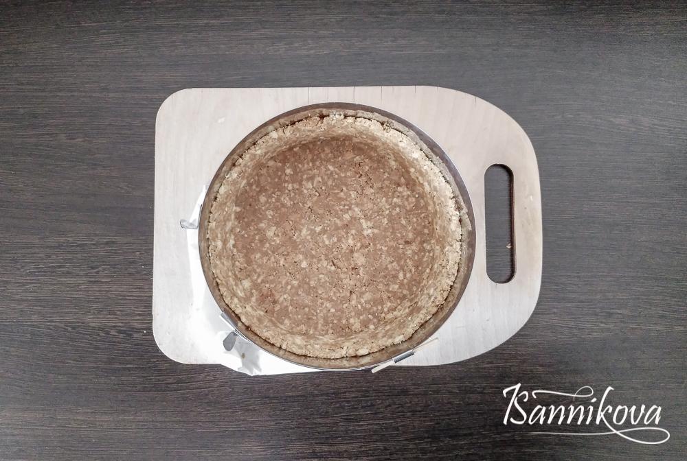 Песочная основа для кокосового чизкейка готова