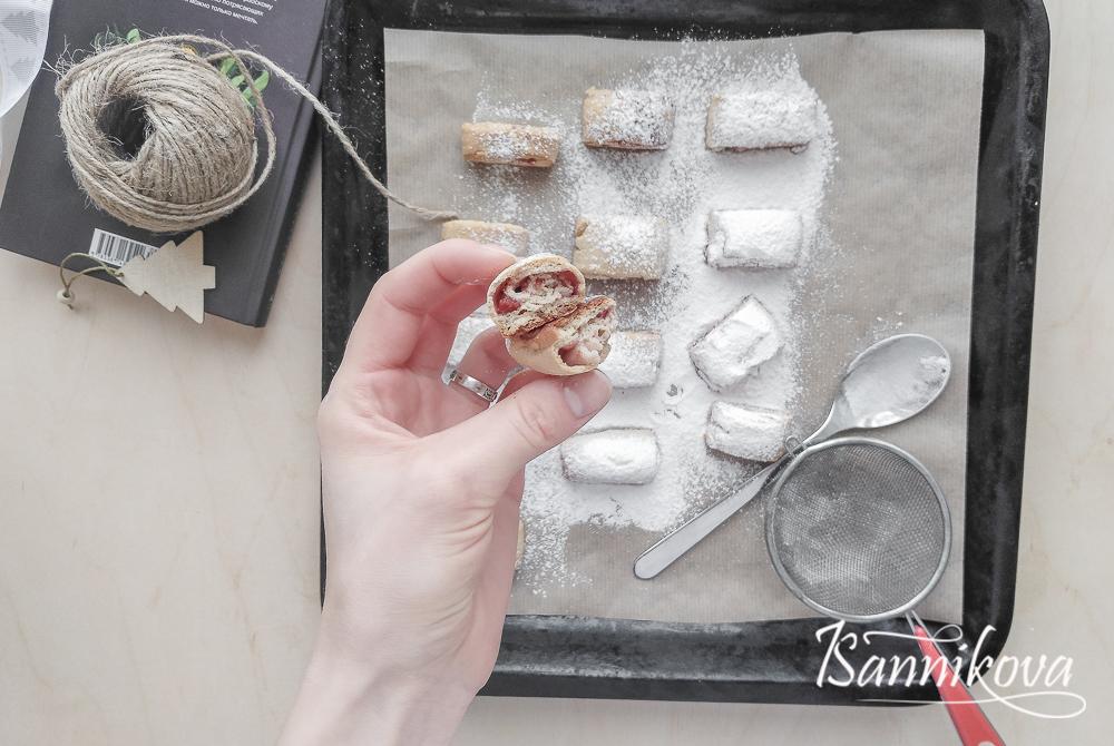 Внутренний мир имбирного печенья с малиновым джемом