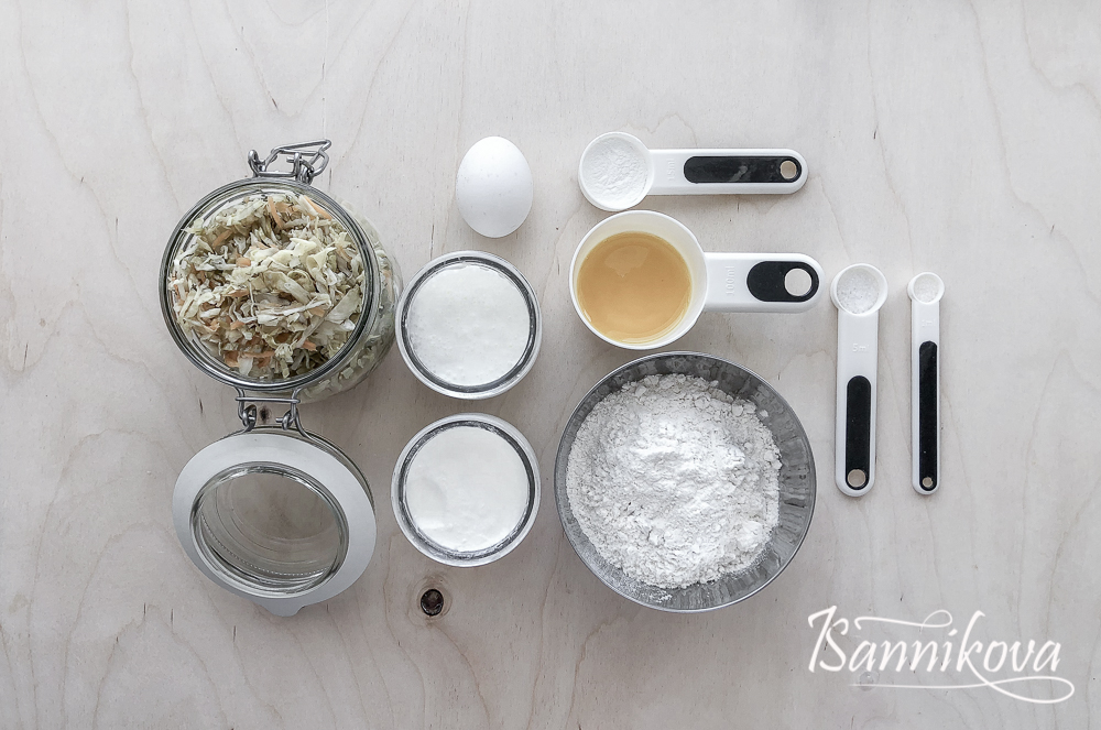 Список ингредиентов для заливного пирога с капустой